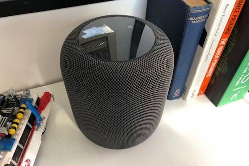 التحكم بحجم الصوت على جهاز HomePod