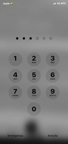 واجهة رمز القفل على الايفون