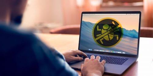 صورة فيروس على شاشة الماك